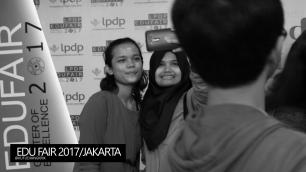 edu-fair-2017-selfie