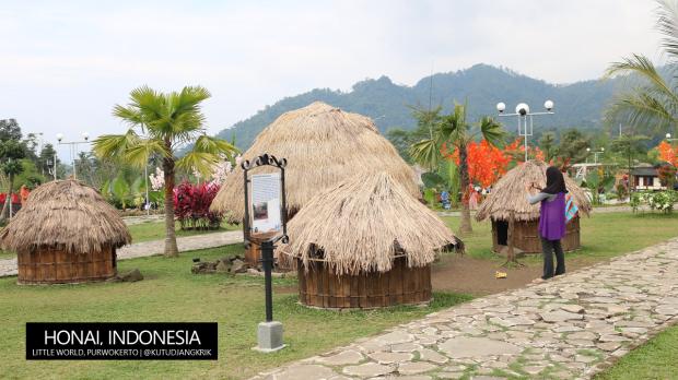rumah-honai-papua-indonesia-little-world-purwokerto