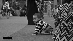 masjid-raya-bandung-bayi-merangkak