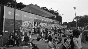 masjid-raya-bandung-crowded