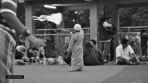 masjid-raya-bandung-mainan-bendera