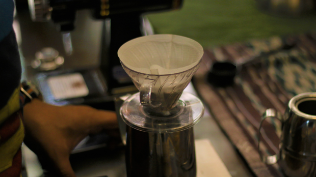 seduh kopi robokop (1)