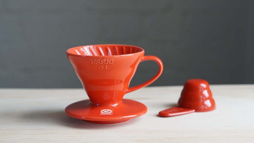 Hario_V60_Dripper_01_Ceramic_Red