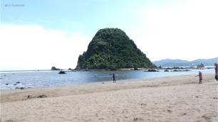 Penampakan ciri khas pulau merah