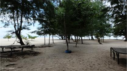 istirahat sebentar di pulau cemara