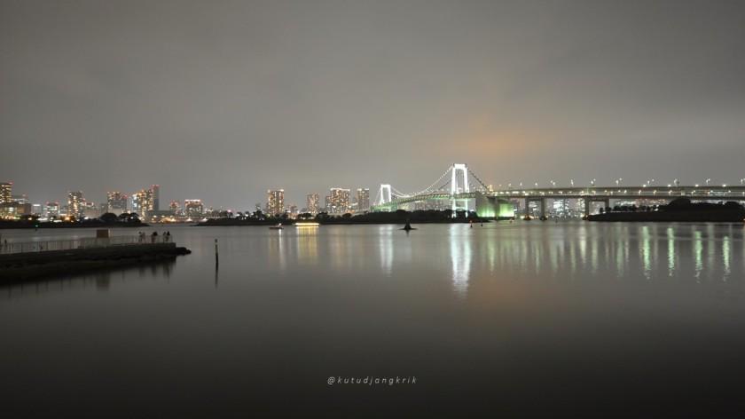 jepang odaiba rainbow bridge